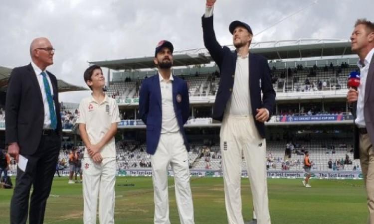 पांचवें टेस्ट में कोहली की इस गलती पर भड़के क्रिकेट फैन्स, ऐसा - ऐसा कहकर लगा रहे हैं फटकार Images