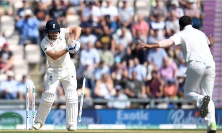 WATCH मोहम्मद शमी की घातक गेंद पर जॉनी बेयरस्टो हुए क्लिन बोल्ड, क्रिकेट फैन्स चौंके Images