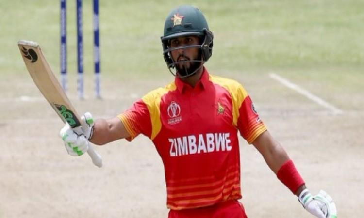जिम्बाब्वे क्रिकेट का चौंकाने वाला फैसला, इस क्रिकेटर के खिलाफ उठाया ऐसा कदम Images
