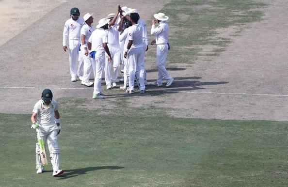 202 रनों पर ऑलआउट होकर ऑस्ट्रेलियाई टीम ने बनाया टेस्ट क्रिकेट का अनचाहा रिकॉर्ड Images