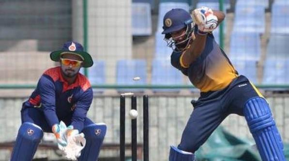 विजय हजारे ट्रॉफी में दिल्ली के इस खिलाड़ी ने जड़ा तूफानी शतक, आंध्र प्रदेश को मिली हार Images