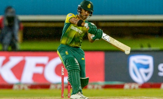 जिम्बाब्वे के खिलाफ दूसरे टी-20 में साउथ अफ्रीकी टीम की जीत, यह खिलाड़ी रहा मैच का हीरो Images