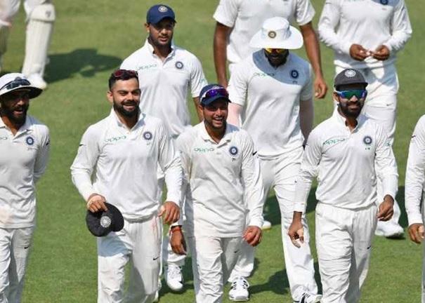 वेस्टइंडीज को भारत ने हराया और टेस्ट क्रिकेट में हासिल कर ली खास उपलब्धी Images
