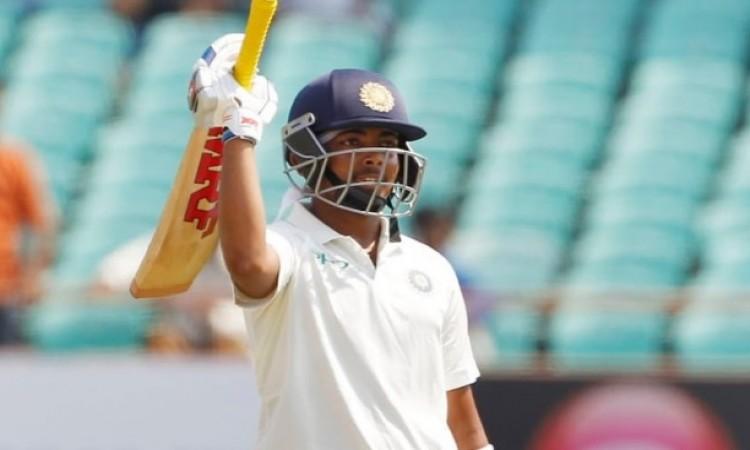 वेस्टइंडीज के खिलाफ पहले टेस्ट मैच के पहले दिन पृथ्वी शॉ का जोरदार शतक, भारत 4 विकेट पर 364 रन Image