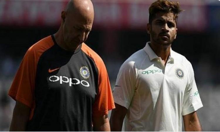 पहले टेस्ट मैच में ही चोटिल हुए शार्दुल ठाकुर को लेकर आई UPDATE, जानिए खेल पाएंगे या नहीं Images
