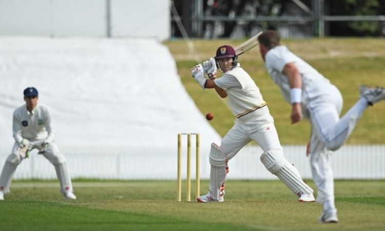 ट्रेंट बोल्ट ने गजब कर दिया, 37 गेंद पर खेली तूफानी 61 रन की पारी Images