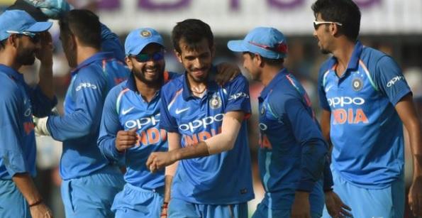 वेस्टइंडीज के खिलाफ वनडे सीरीज के लिए मनीष पांडे और केएल राहुल को भी मिला मौका, जानिए पूरी टीम Image