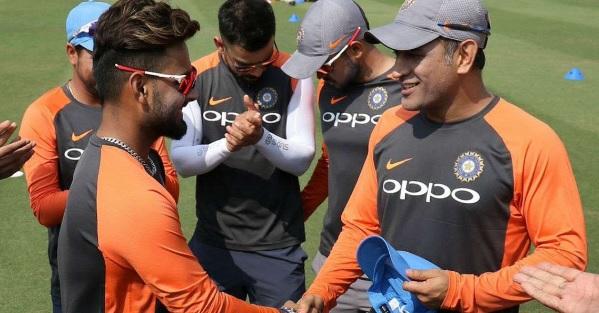 दूसरे वनडे के लिए भारतीय टीम का हुआ ऐलान, जानिए ऋषभ पंत को मौका मिला या नहीं Images