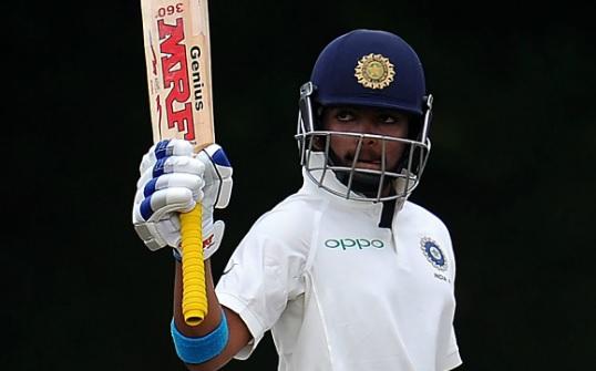 डेब्यू टेस्ट में पृथ्वी शॉ का धमाका, लंच तक भारत ने बनाए 1 विकेट पर 133 रन Images