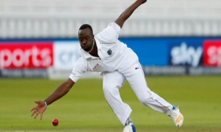 भारत के खिलाफ पहले टेस्ट से पहले वेस्टइंडीज को झटका, दिग्गज तेज गेंदबाज हुआ बाहर Images