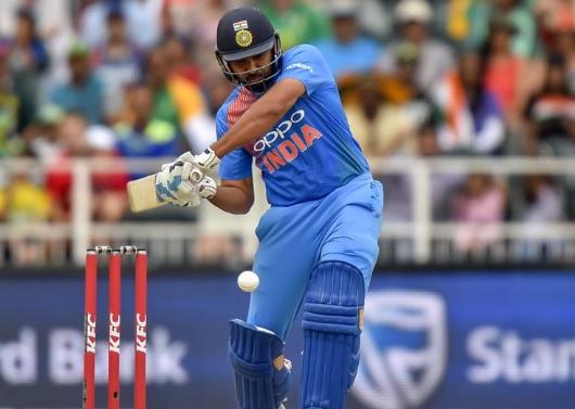 विजय हजारे ट्रॉफी के पहले सेमीफाइनल मुंबई की जीत, इतने रन बनाकर रोहित शर्मा हुए आउट Images
