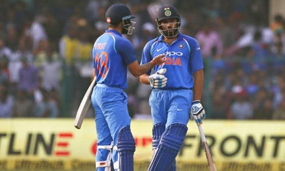 कोहली और रोहित शर्मा ने मिलकर वनडे क्रिकेट में बना दिया विराट रिकॉर्ड, सचिन- सहवाग की हो गई बराबरी I