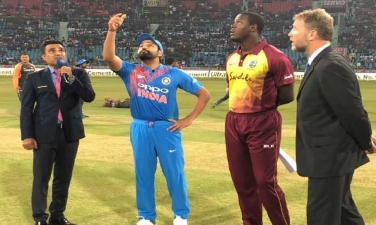 आखिरी टी-20 में वेस्टइंडीज ने भारत के खिलाफ टॉस जीतकर पहले बल्लेबाजी का किया फैसला Images