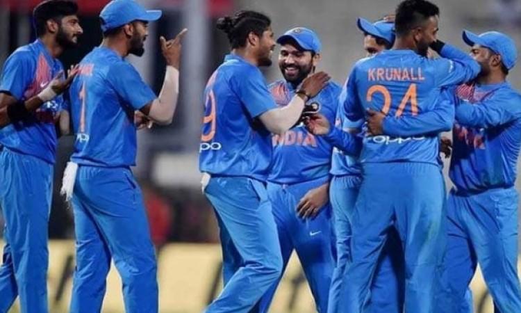 वेस्टइंडीज के खिलाफ तीसरे टी-20 के लिए ऐसी हो सकती है भारत की संभावित प्लेइंग XI Images