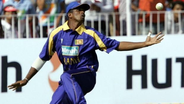 श्रीलंका के पूर्व क्रिकेटर पर भ्रष्टाचार के आरोप, श्रीलंकाई क्रिकेट में हड़कंप Images