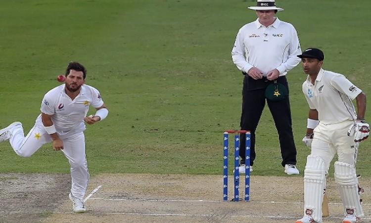 यासिर शाह का टेस्ट क्रिकेट में कमाल, अश्विन समेत वकार यूनुस का रिकॉर्ड तोड़ बन गए नंबर वन Images
