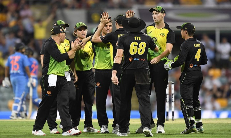 2nd T20I: Australia post 132/7 in rain-hit contest vs India Images