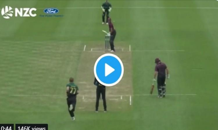 क्रिकेट इतिहास में बना ऐसा अनदेखा रिकॉर्ड, इन बल्लेबाजों ने एक ओवर में बना दिए 43 रन VIDEO Images