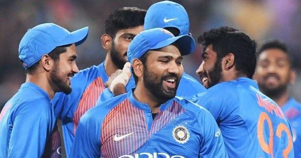 पहले टी-20 में कप्तान रोहित शर्मा ने युवा खलील अहमद के साथ किया ऐसा बर्ताव, किसी को यकिन नहीं हुआ Im