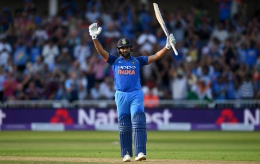 दूसरे टी-20 में रोहित शर्मा का दिवाली धमाका, तूफानी शतकीय पारी खेल भारत के स्कोर को पहुंचाय 195 रन I