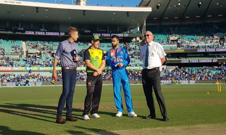 3rd T20I: Australia opts to bat vs India Images