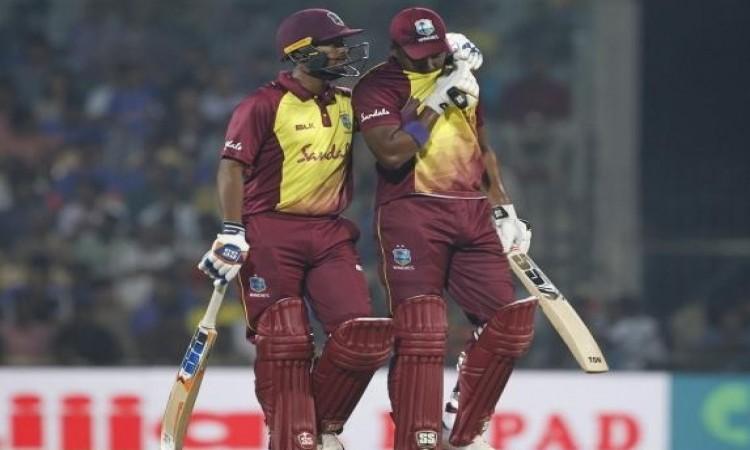 तीसरे टी-20 में  निकोलस पूरन और डारेन ब्रावो का धमाका, भारत को जीत के लिए 182 रन का टारगेट Images