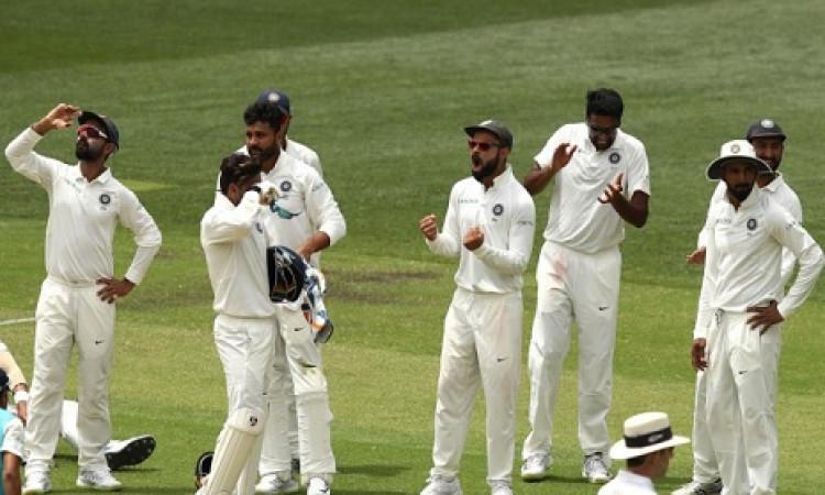 पहले टेस्ट में ऑस्ट्रेलिया की ऐसी हालत देख सचिन भी हुए हैरान, ऐसा तो ना था कभी ऑस्ट्रेलिया Images