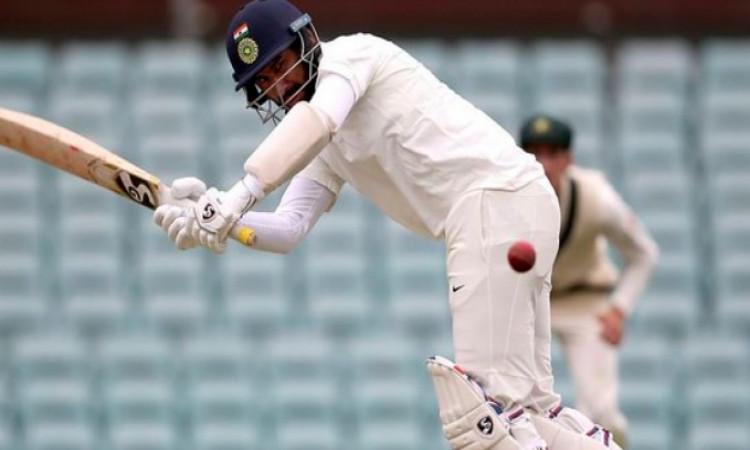 टेस्ट क्रिकेट में 5 हजार रन बनाने वाले 12वें भारतीय बल्लेबाज बने चेतेश्वर पुजारा Images
