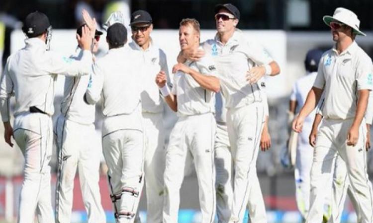 श्रीलंका के साथ जारी दूसरे टेस्ट मैच में न्यूजीलैंड की जीत पक्की, केवल 4 विकेट दूर Images