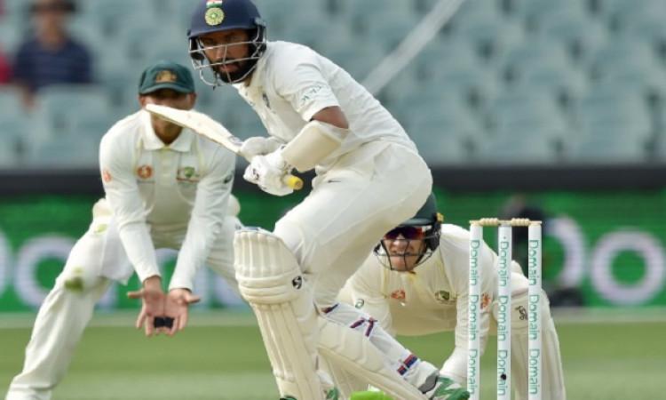 एडिलेड टेस्ट की दूसरी पारी में कोहली समेत भारत के 3 विकेट आउट, ऑस्ट्रेलिया पर 166 रन की बढ़त Images