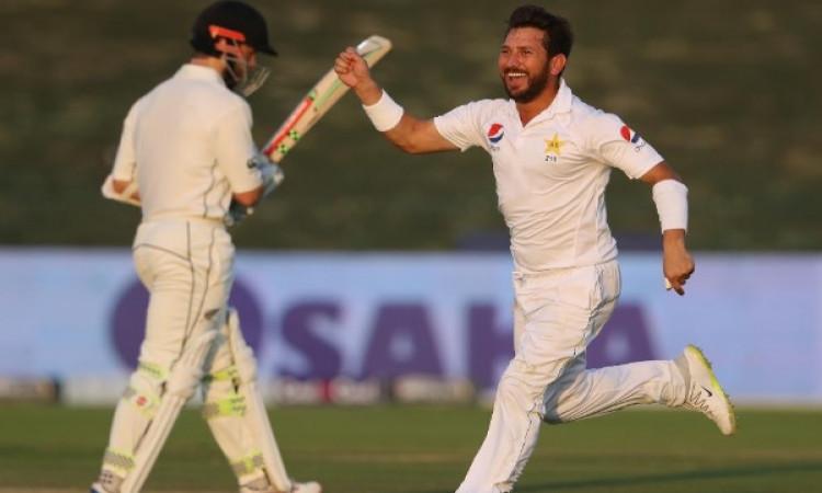 यासिर शाह ने टेस्ट क्रिकेट में रच दिया इतिहास, 82 साल पुराने रिकॉर्ड को तोड़ कर किया कमाल Images