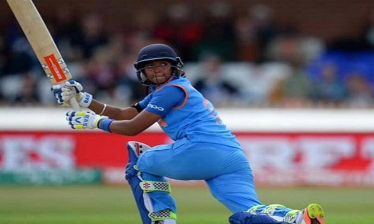 Bates, Harmanpreet named ODI and T20I captains of 2018 Images