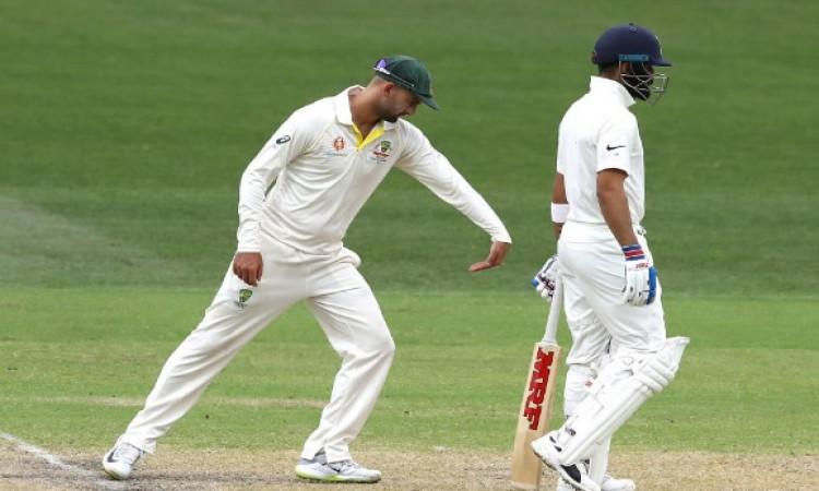 विराट कोहली की बल्लेबाजी देखकर नाथन लियोन हुए हैरान, करने लगे बल्लेबाजी की नकल Images