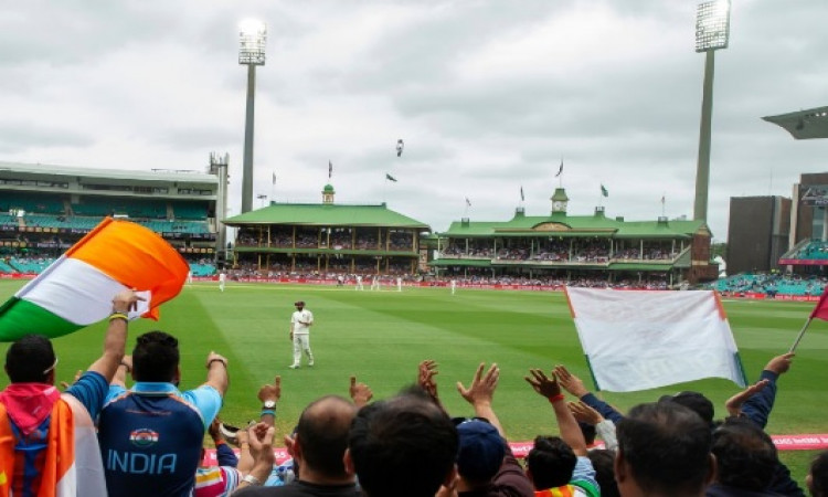 खराब रोशनी के कारण चौथे दिन का खेल हुआ पहले खत्म, अब मैच ड्रा होने का खतरा Images
