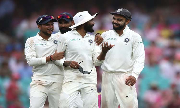 4th Test: Indian bowlers dominate 3rd day, Australia 236/6 Images