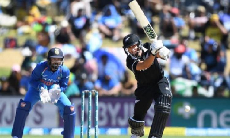 रॉस टेलर हुए 93 रन पर आउट और न्यूजीलैंड के लिए वनडे में बना गए ऐसा अनोखा और अनचाहा रिकॉर्ड Images