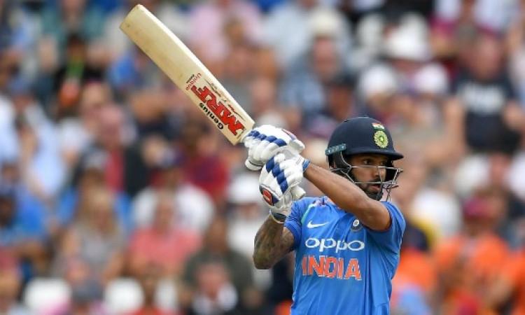 शिखर धवन ने वनडे में पूरे किए 5000 रन, फैन्स का रहा ऐसा दिल जीतने वाला रिएक्शन Images