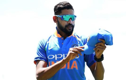 डेब्यू वनडे में मोहम्मद सिराज ने बनाया अनचाहा रिकॉर्ड, भारत के लिए ऐसा करने वाले दूसरे गेंदबाज बने I