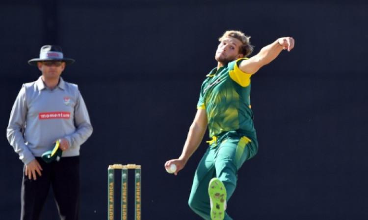 पाकिस्तान के खिलाफ 5वें वनडे के लिए साउथ अफ्रीकी टीम में शामिल हुआ यह नया ऑलराउंडर, जानिए कौन है ? I