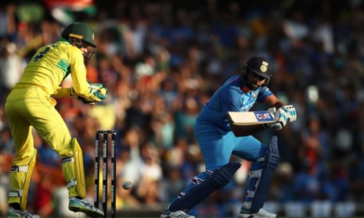 रोहित शर्मा की शानदार शतकीय पारी गई बेकार, पहले वनडे में ऑस्ट्रेलिया ने भारत को 34 रन से हराया Image