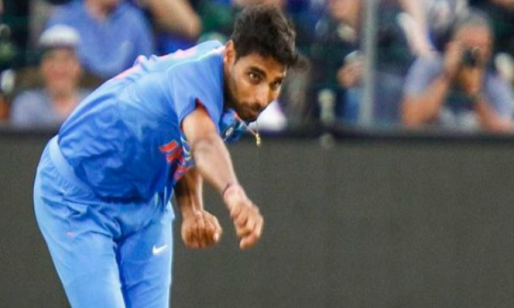 आखिरी 12 गेंद पर भुवनेश्वर कुमार ने खर्च कराए 29 रन और बन गया ऐसा अनचाहा रिकॉर्ड Images