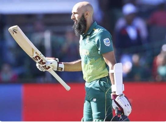 पहले वनडे में साउथ अफ्रीका को मिला हार लेकिम हाशिम अमला अपने देश के लिए ऐसा करने वाले पहले बल्लेबाज