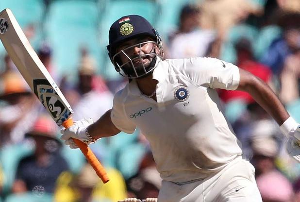 सिडनी टेस्ट में भारतीय बल्लेबाजों ने की रनों की बारिश, 622 रन बनाकर पहली पारी को किया घोषित Images