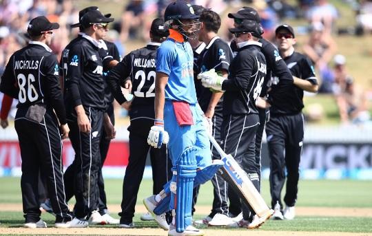 चौथे वनडे में भारत को मिली वनडे की सबसे शर्मनाक हार, न्यूजीलैंड ने भारतीय टीम को बनाया बेअसर Images