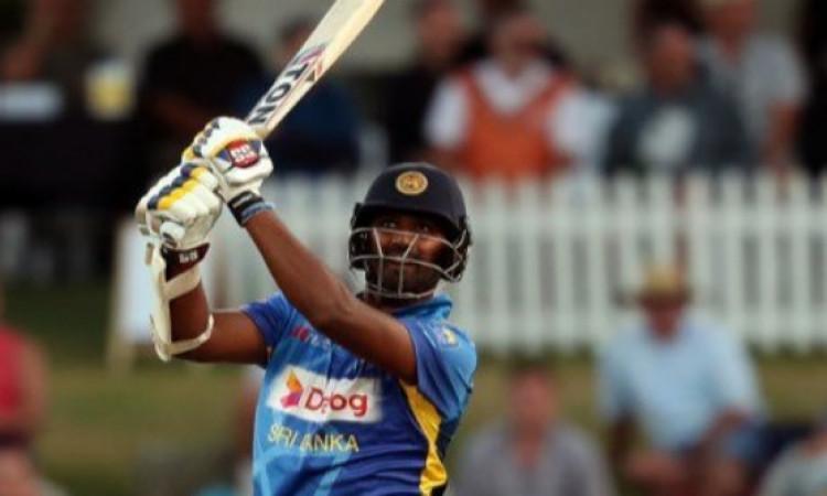 दूसरे वनडे में श्रीलंका हारा लेकिन थिसारा परेरा ने बल्लेबाजी से किया फैन्स का पूरा एंटरटेनमेंट, जमाई