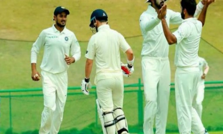 मयंक मारकंडे की घातक गेंदबाजी से पस्त हुआ इंग्लैंड लॉयंस, इंडिया-ए की 68 रन से हुई जीत Images