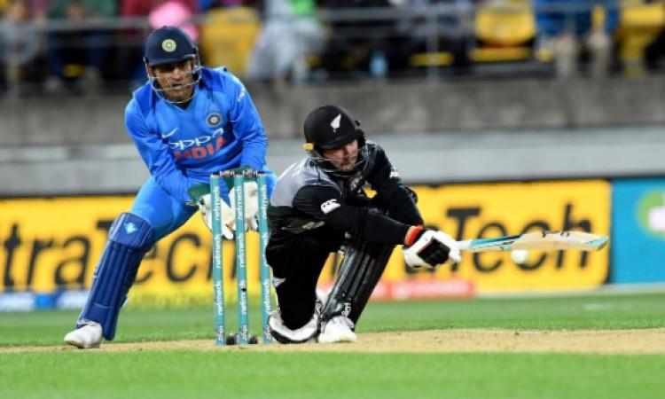 पहले टी-20 में 219 रन बनाकर न्यूजीलैंड ने टी-20 में बनाया सबसे बड़ा रिकॉर्ड Images