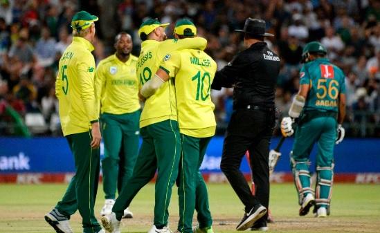पहले टी-20 में साउथ अफ्रीका ने पाकिस्तान को 6 रन से दी मात, यह खिलाड़ी बना मैन ऑफ द मैच Images