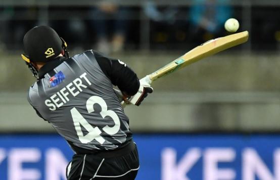 कीवी ओपनर टिम सेइफेर्ट ने 84 रन की पारी खेलकर कर दिया खास कमाल, भारत के खिलाफ बना दिया यह रिकॉर्ड Im