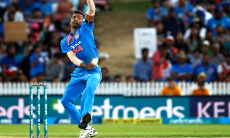 JUST IN: हार्दिक पांड्या ऑस्ट्रेलिया के खिलाफ टी-20 और वनडे सीरीज से हुए बाहर Images